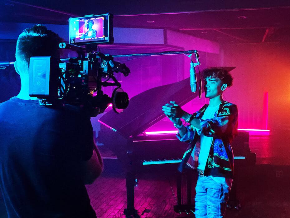 Lil XXEL filming video