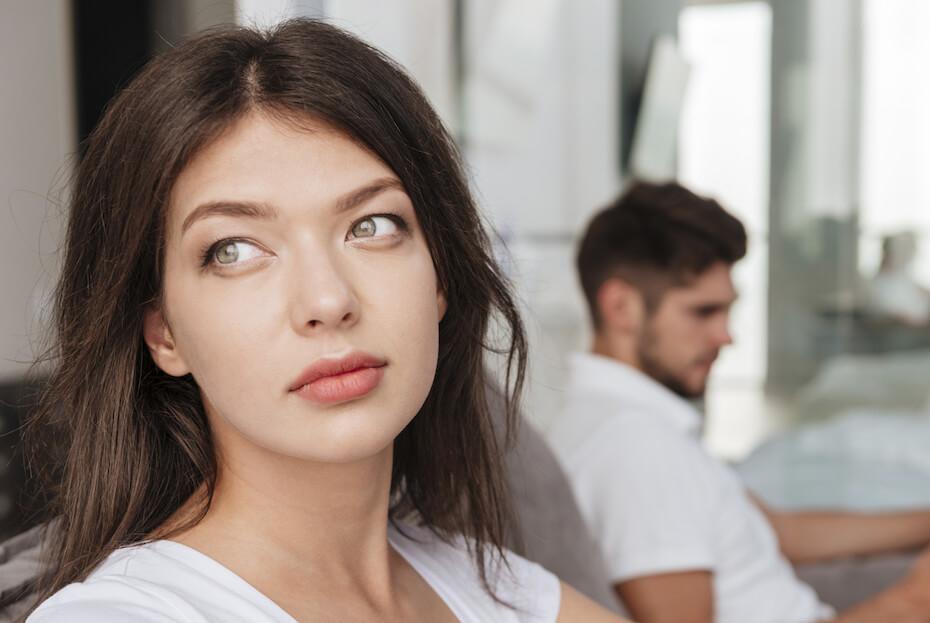 shutterstock-woman-looking-away-ignoring-man-063020