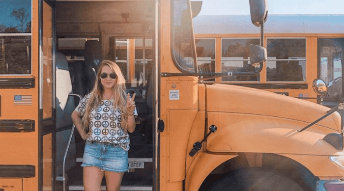 high school, school bus