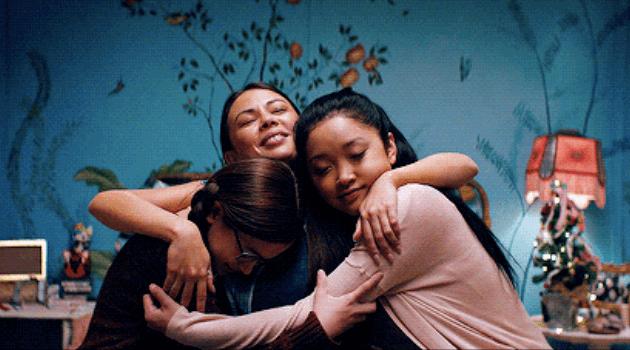 covey-sisters-hugging-articleH-103120
