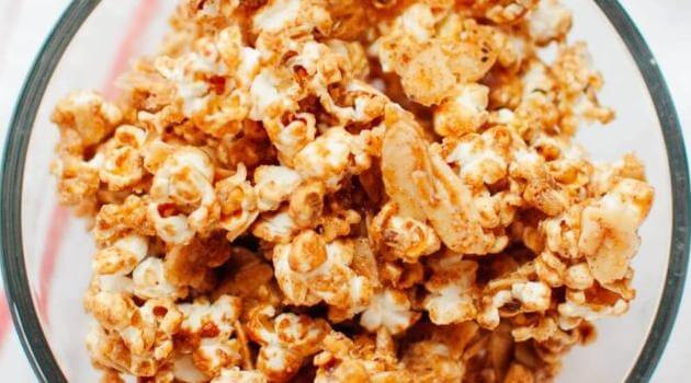 Cookie and Kate: cinnamon maple caramel popcorn