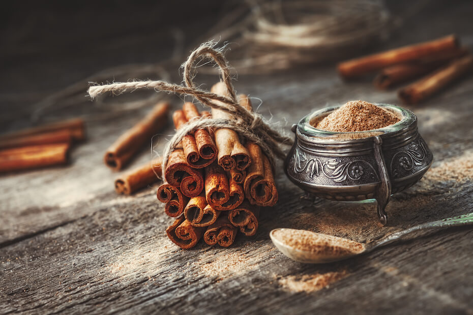 Shutterstock: Ground cinnamon spice and sticks