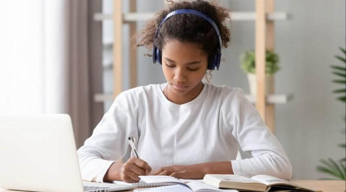 girl studying desk