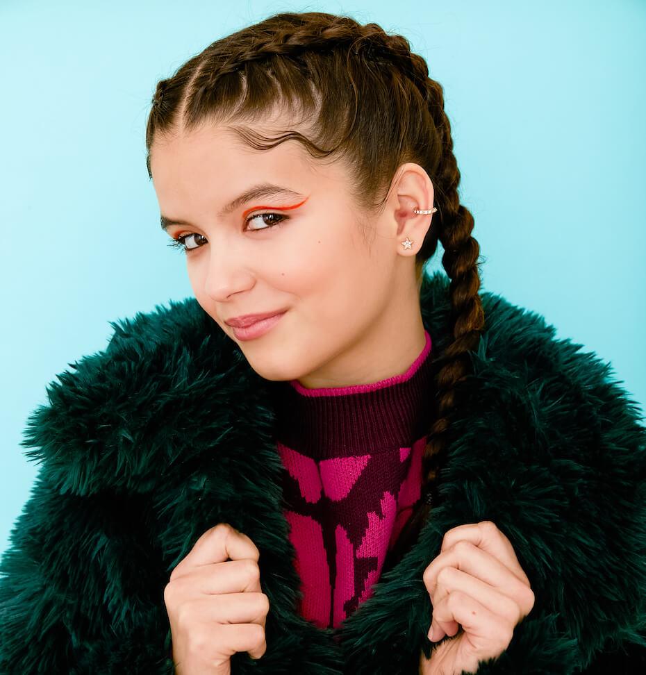 Elizabeth Pettey: YaYa Gosselin fluffy black coat