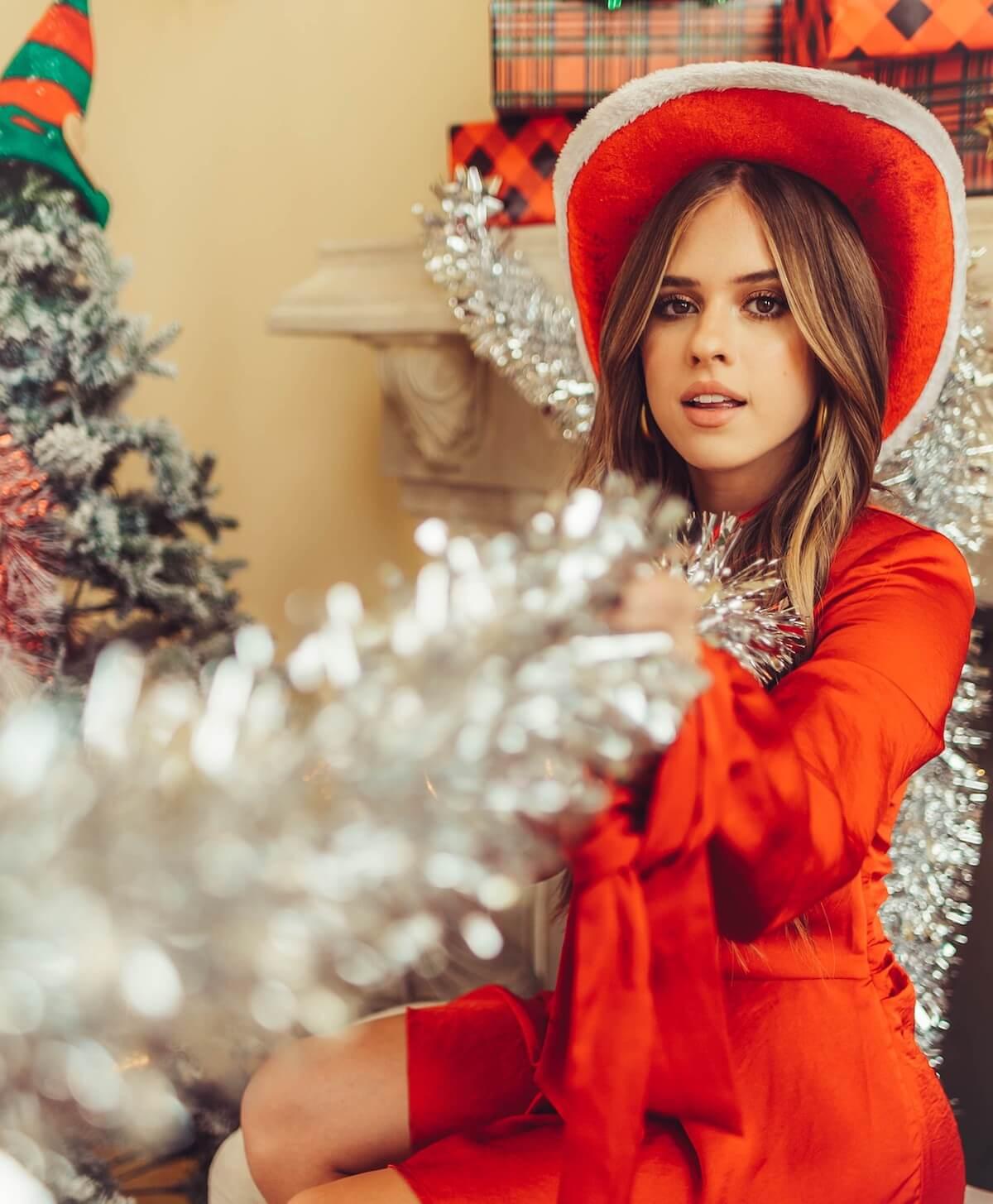 Kelianne Stankus It Feels Like Christmas Tinsel