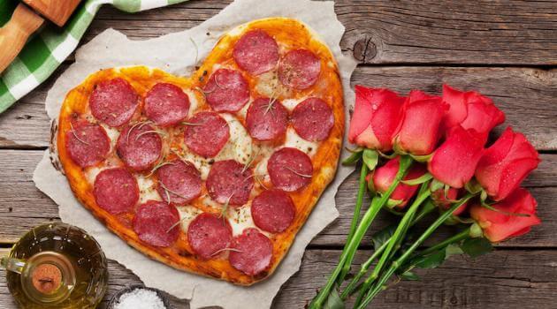 heart-shaped-pizza-articleH-011421