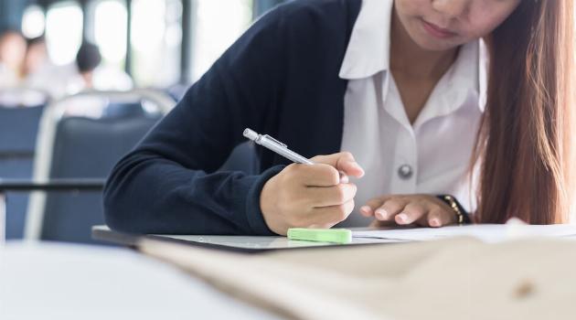 college-applications-3-articleH-020721