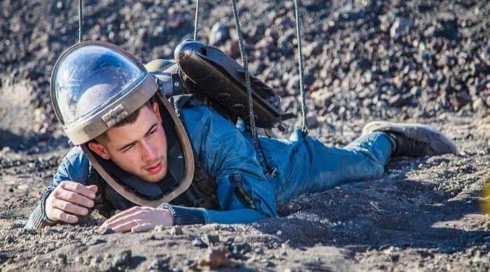 Instagram @nickjonas Nick Jonas spaceman costume