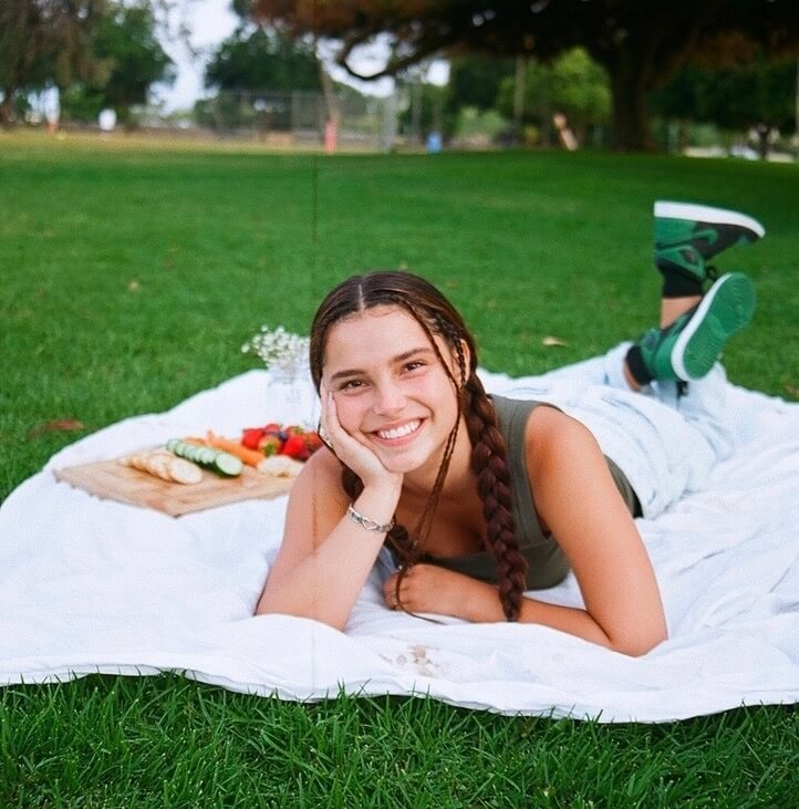 Kennedy Thrawick Inde Navarette picnic
