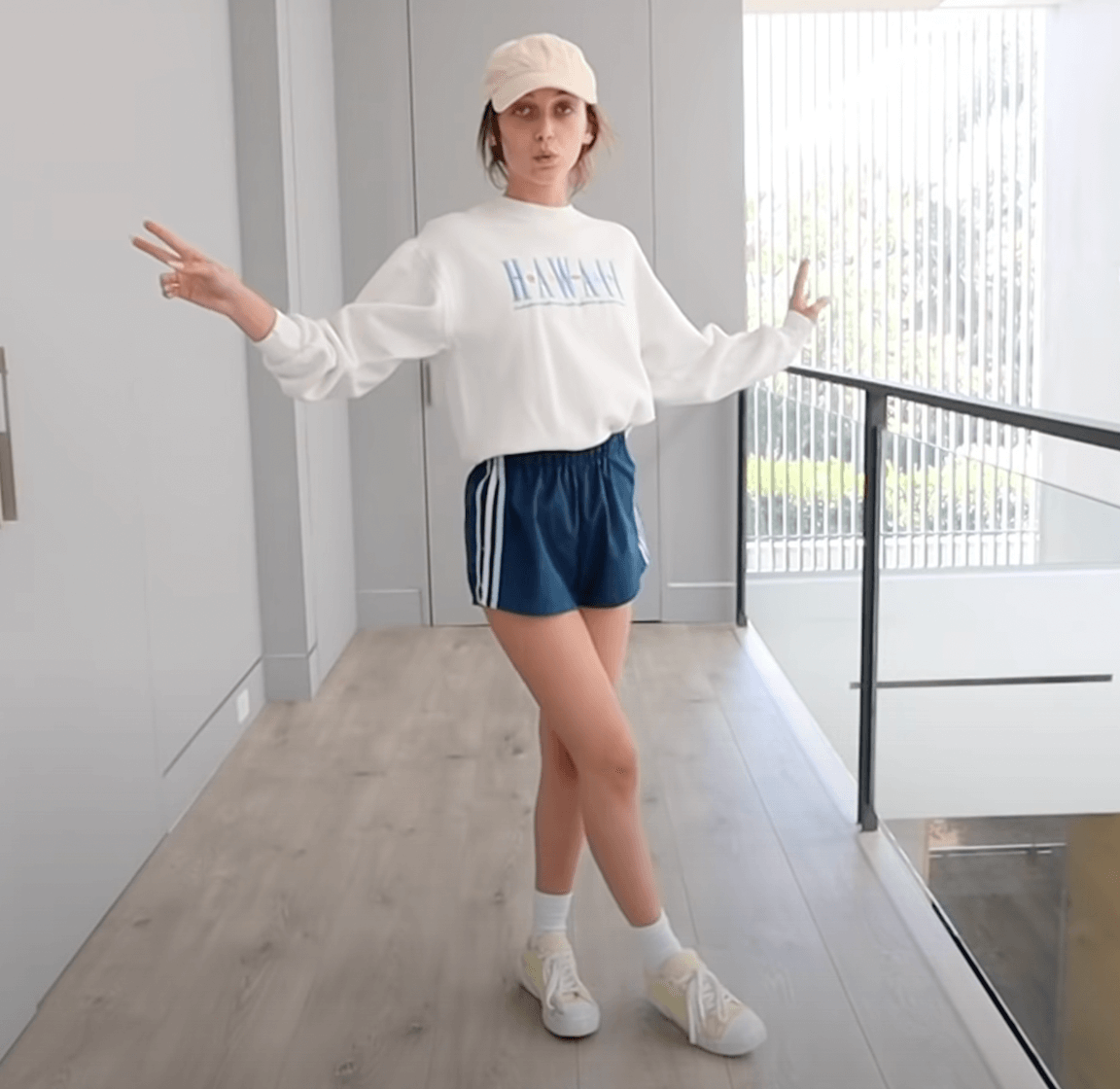 Emma Chamberlain wearing her summer outfit