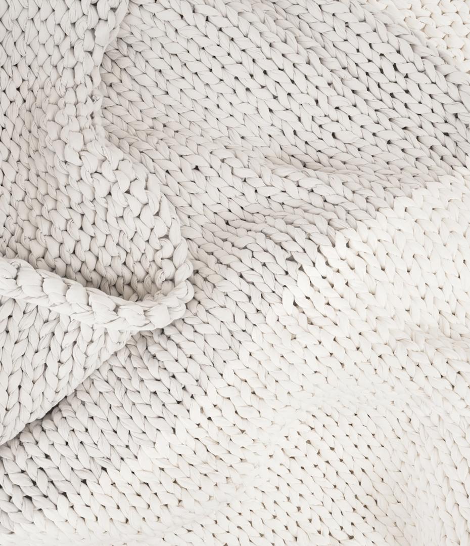 Bearaby hugger blanket texture