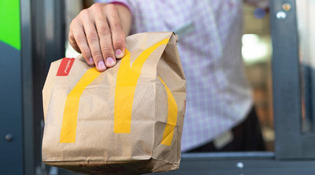 mcdonalds-bag-articleH-040821