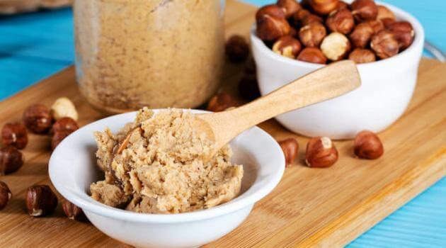 Shutterstock: hazelnut butter