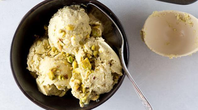 Flora and Vino: pistachio ice cream