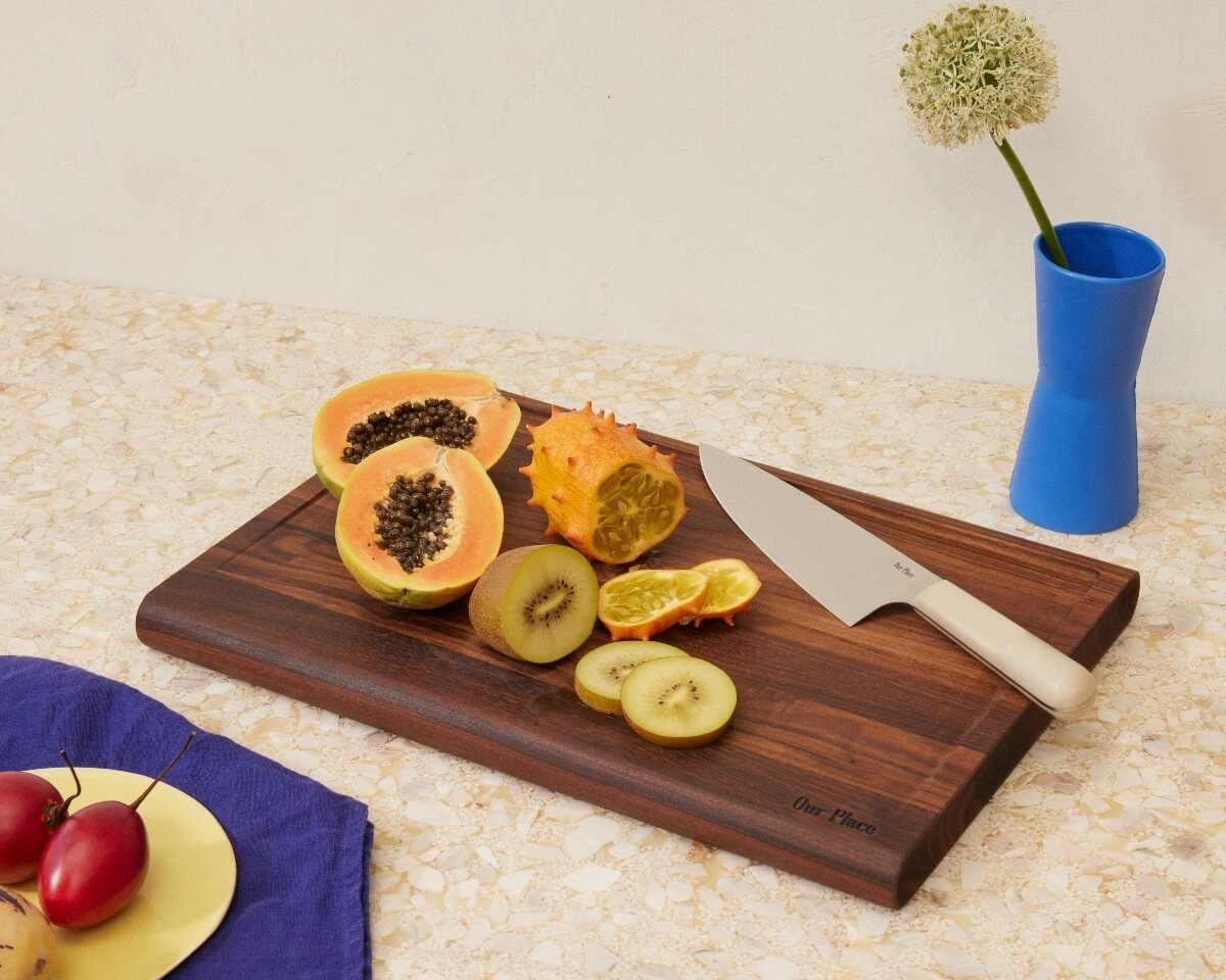 our-place-knives-cutting-board-fruit-061721