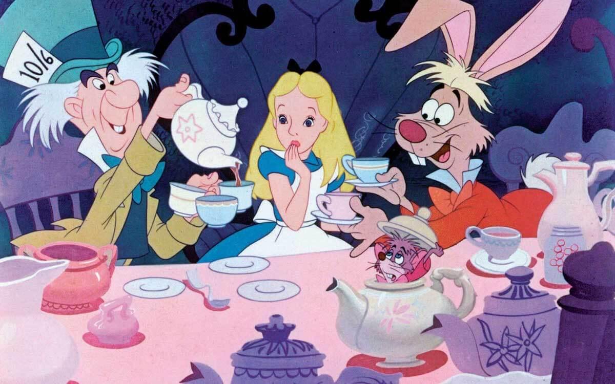 Alice in Wonderland: Mad Hatter unbirthday tea party