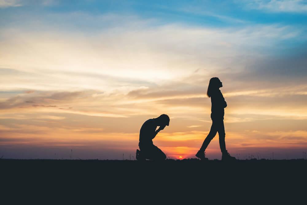 couple breaking up breakup