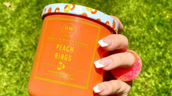 Instagram @dwhomecandles Peach Rings Candle