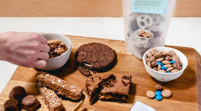 Foxtrot Chocolate lovers box lifestyle