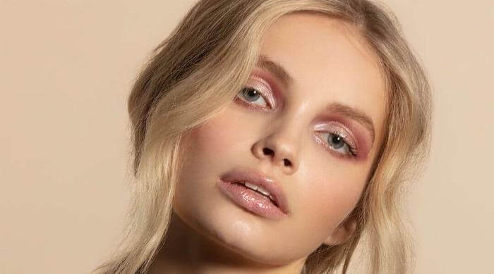 Instagram @jamiebeaute glossy makeup