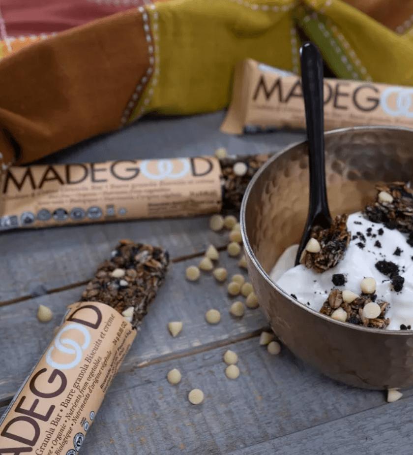 MadeGood Cookies and Creme Bar