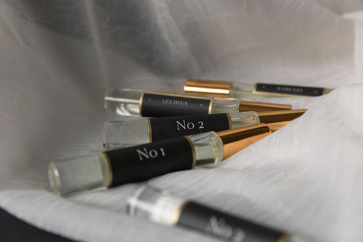 Les Deux No. 2 fragrance