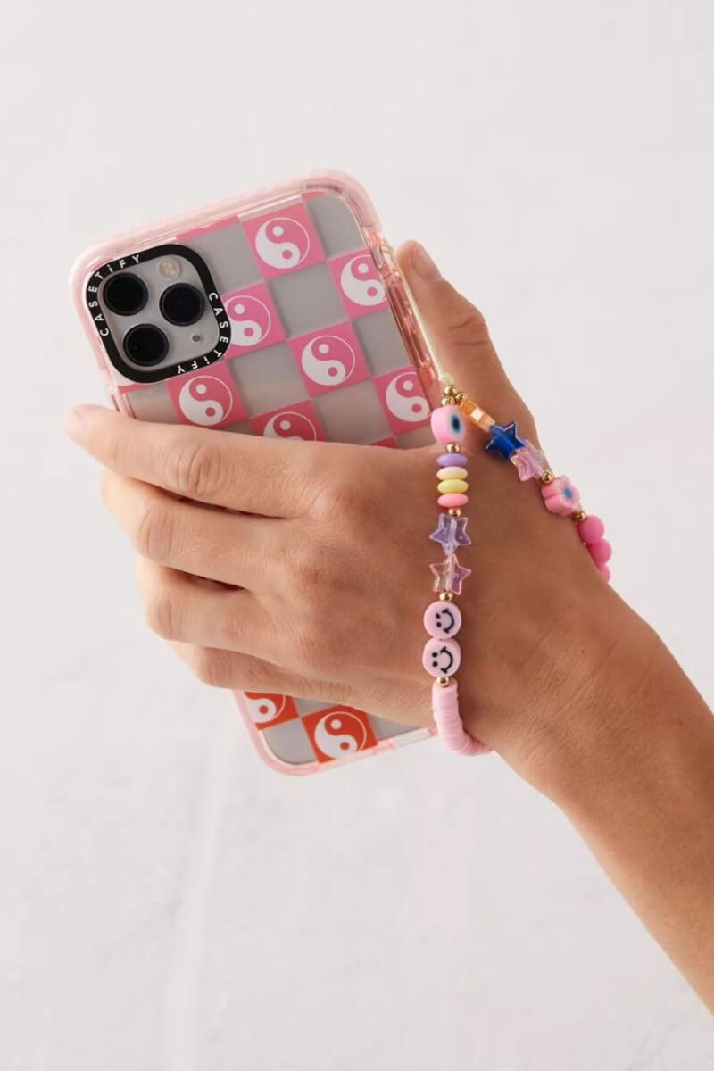 urban-outfitters-phone-charm-101221